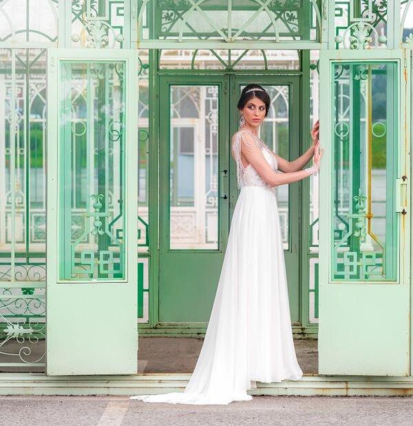 Novi editorijal s vjenčanicama Ana Milani